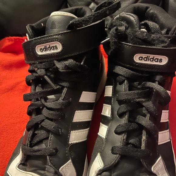 Adidas forum og size 14 black and white